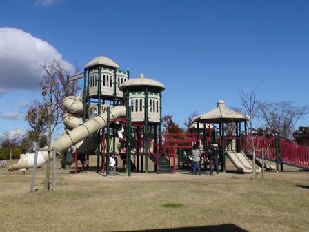 渦巻き公園 滑り台
