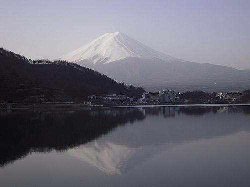 河口湖・逆さ富士①