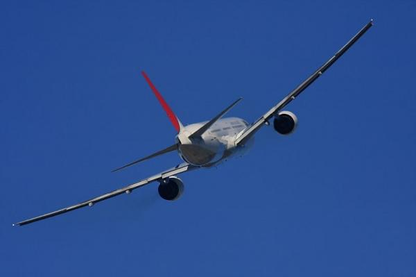 JAL B777-346 JL2001@エアフロントオアシス下河原(by 40D with SIGMA300/2.8EX+APO TELE2x)