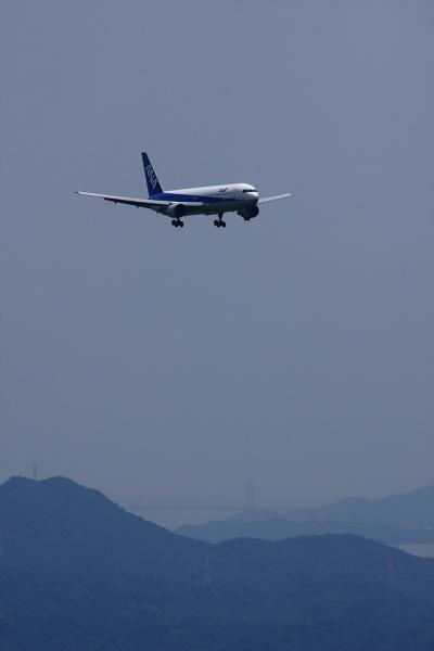 ANA B767-381 ANA675@森林公園展望広場(by 40D with EF100-400/4.5-5.6L IS)