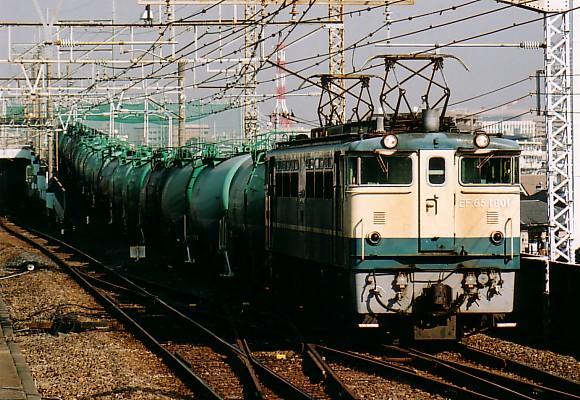061202-pf-001.jpg