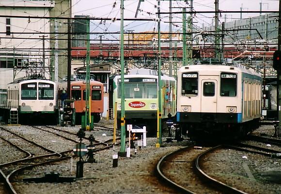 070102-joshin-001.jpg