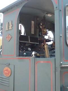 坊ちゃん列車運転席の辺り