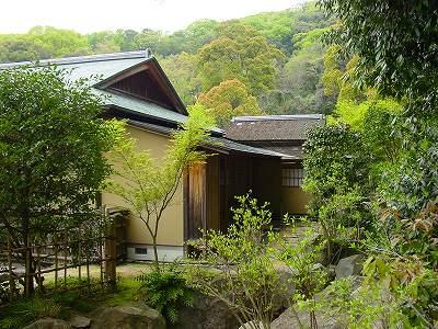 庭園内茶室2