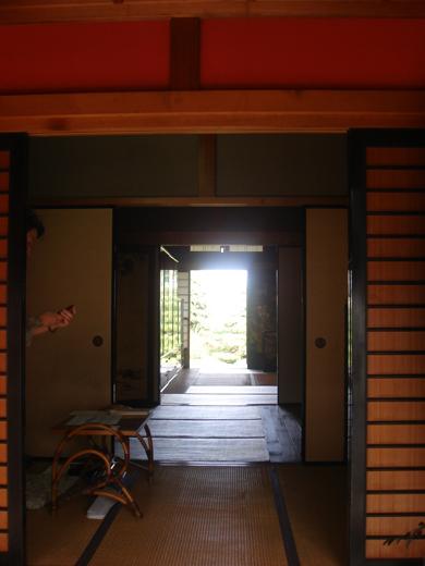 nehangunjo7412 玄関から奥を見る