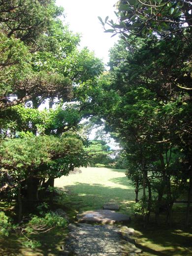 nehangunjo7415 庭の入口