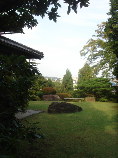 nehangunjo7504 庭の入口あたり