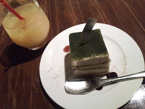 抹茶とお豆腐の京ティラミス