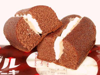 ヤマザキ--ダブルサンドケーキ チョコ&ミルク。