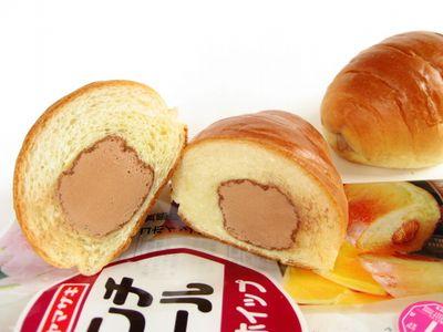 ヤマザキ--ランチロール チョコホイップ。