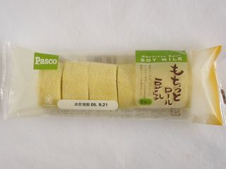 Pasco もちっと豆乳ロール。