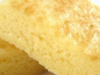フジパン--もちもちミルクキャラメル蒸し。