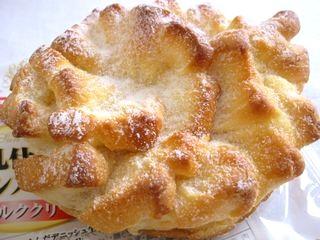 ヤマザキ--牛乳仕立てのサンメルシー ミルククリーム。
