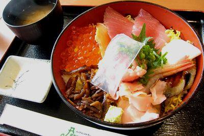 """""""富士川楽座""""で、おいしいものを喰らってきました。"""