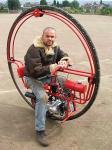 一輪バイク モノサイクル おおきな車輪!