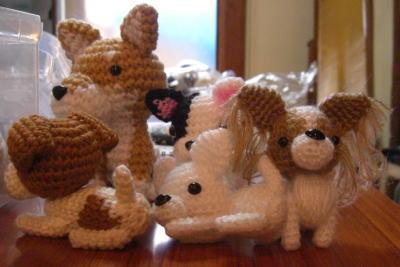 先生の編み犬