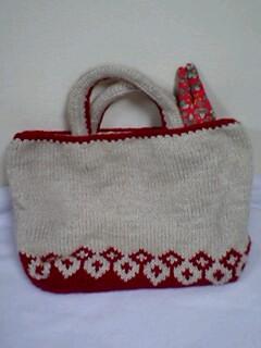 編み込みのバッグ