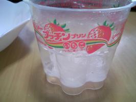 プッチンプリン いちご味ソース3