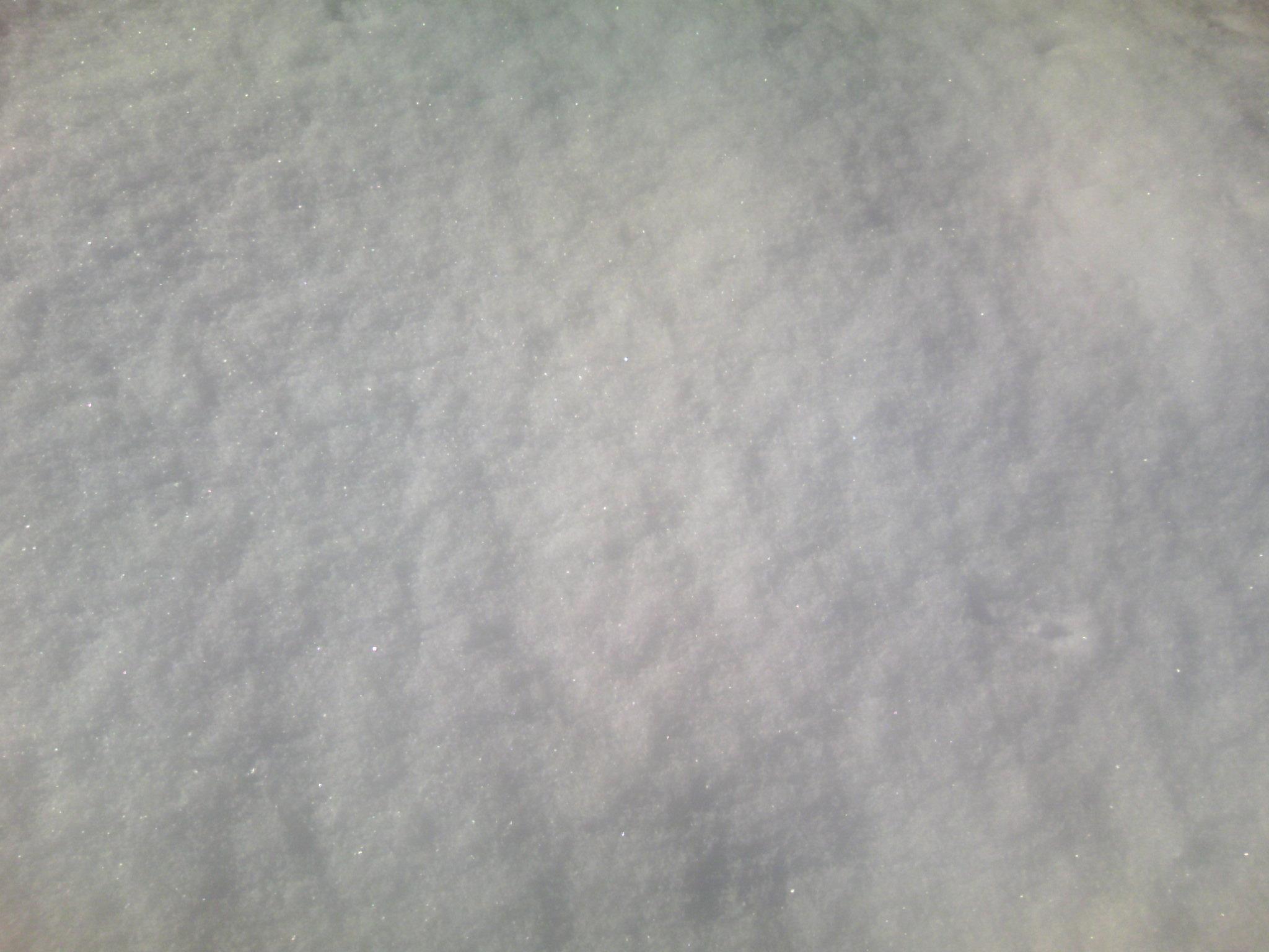 きらきら光る雪