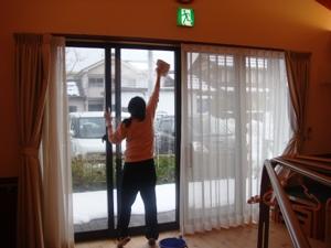 窓ふきを・・・