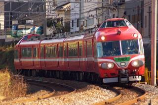 7000系パノラマカー「いなり号」