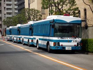警察の車両群