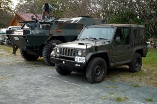 陸上自衛隊の73式小型トラック&82式指揮通信車