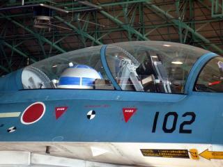 後席にR2-D2を装備したF-2B