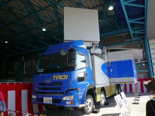 次期輸送機(C-X)等移動式試験用テレメーター計測車