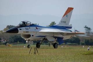 F-2A(XF-2A)