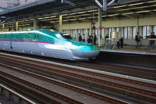 東北新幹線E5-005