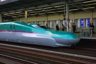 東北新幹線E5-008