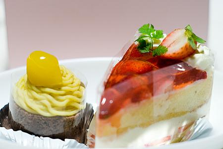 苺ショートケーキとモンブラン