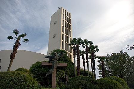 南山教会外観