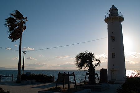 野間灯台と夕陽