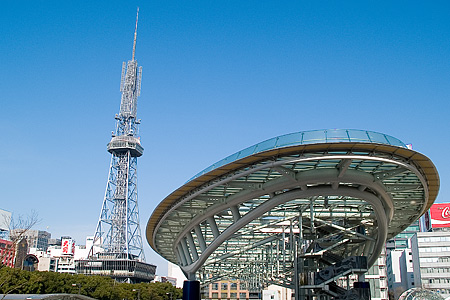 テレビ塔とオアシス21