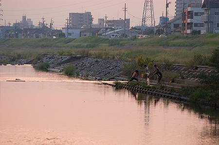 河原夕景-3
