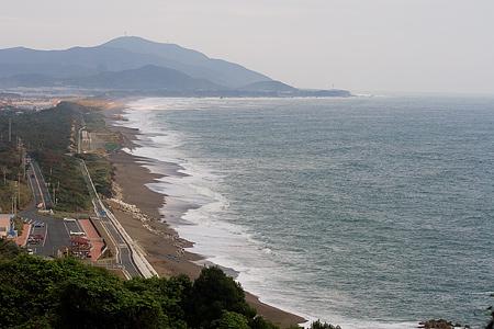 伊良湖の海と人-1
