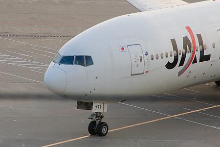 羽田空港の飛行機-3