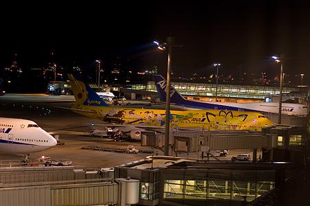 羽田空港の飛行機-9