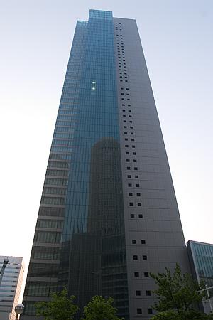 朝の名古屋駅-7