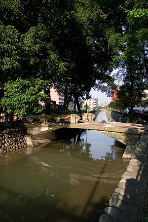 古川に架かる橋