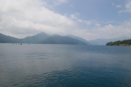 中禅寺湖の風景