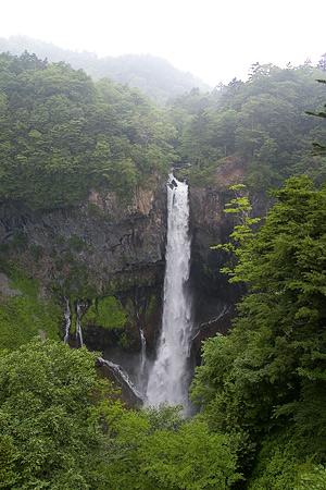 華厳の滝-2