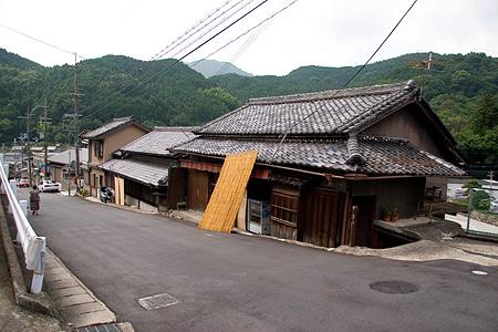 長谷寺門前の古い家屋
