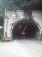 花折トンネル1