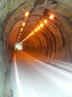 花折トンネル2