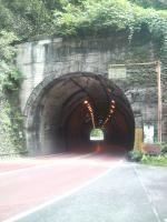 花折トンネル3