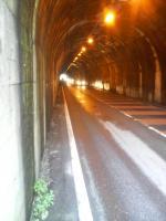 橋詰トンネル2