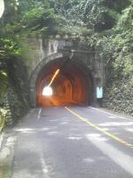 板小屋トンネル1